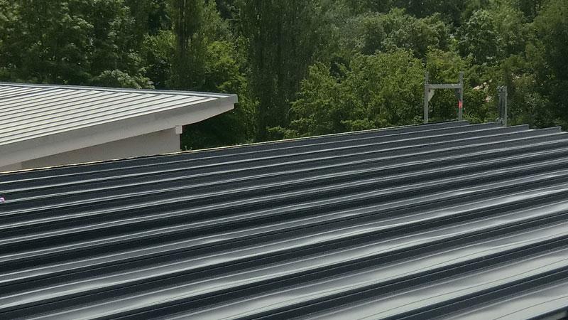 Metalldacheindeckungen-Dachdecker